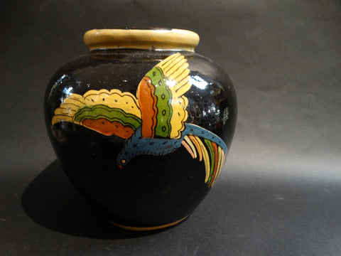 Tlaquepaque Black Vase with Parrots