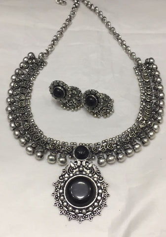 Stoned Necklace Set