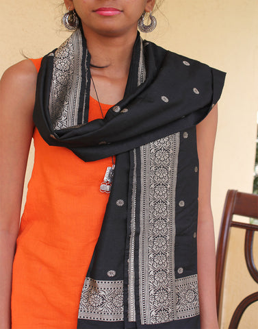 Black Banarasi Dupion Stole with small buttis
