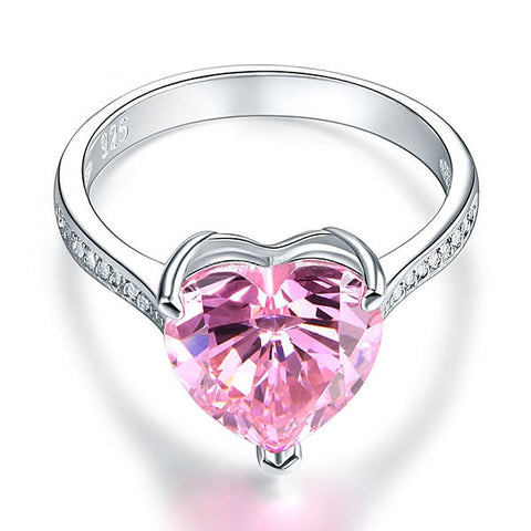 The 3.5 carat Love Heart Ring - HoardOfTheRings.com