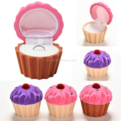 Bake Off Cup Cake Ring Presentation Case