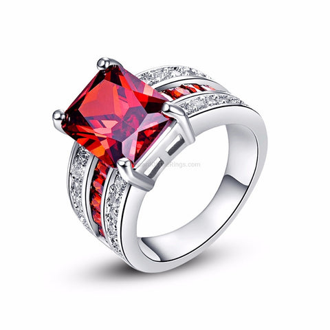 Exquisite Princess Cut Big Red CZ Stone Ring - HoardOfTheRings.com