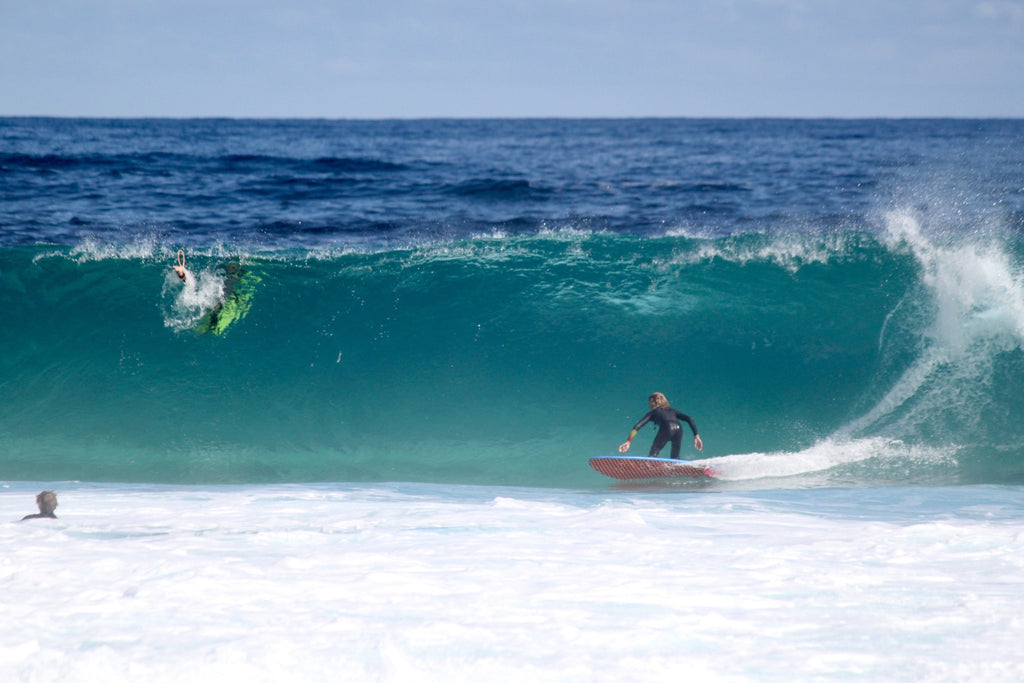 max leaver Rabbits catch surf