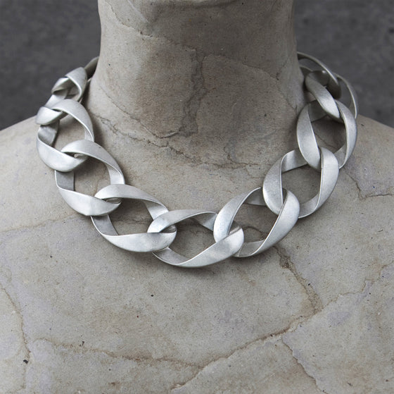 Tutti antique silver finish short chunky chain necklace - Ellimonelli