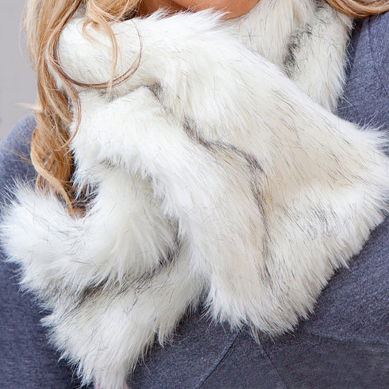Siberian white faux fur ruffle scarf with velvet lining
