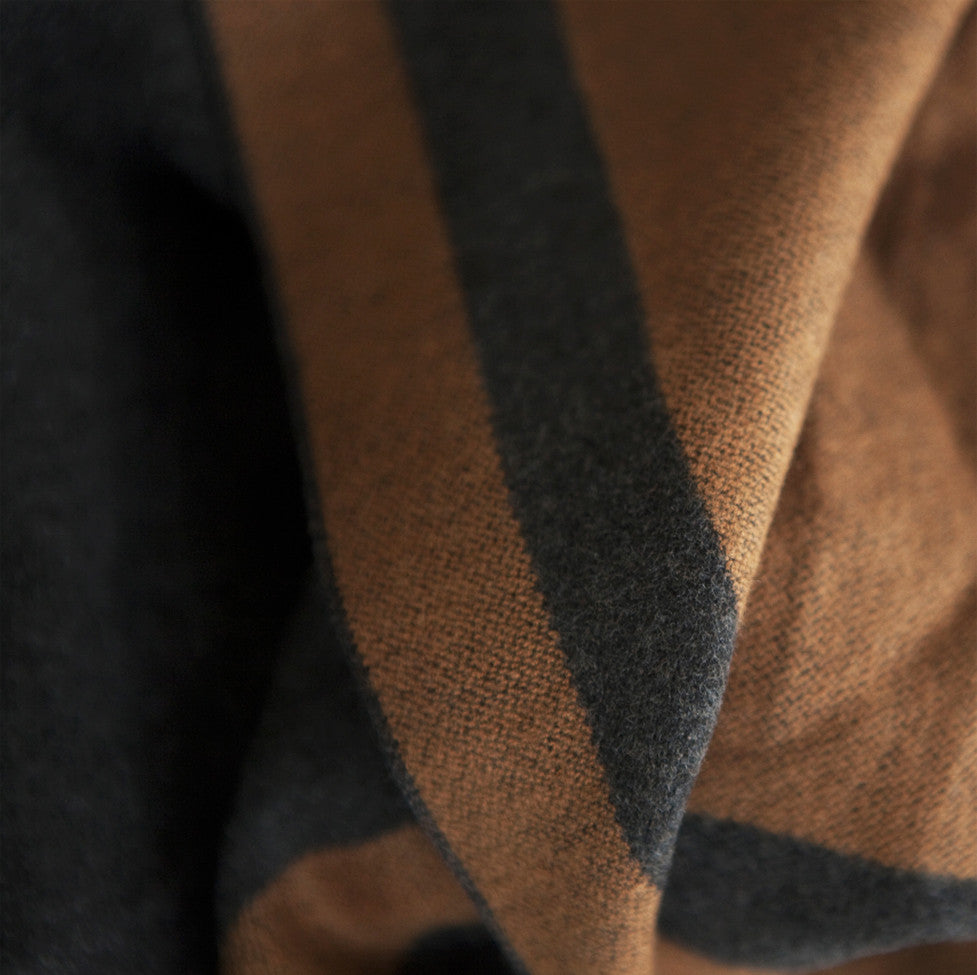 Tutti luxurious grey/tan wrap with selvedge edge detail - Ellimonelli