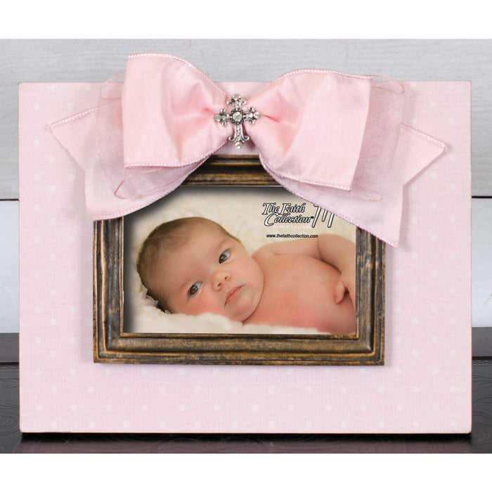 Frame Pink With Moulding, Bow and Jewel