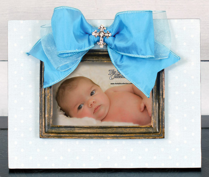 Frame Blue with Moulding, Bow and Jewel