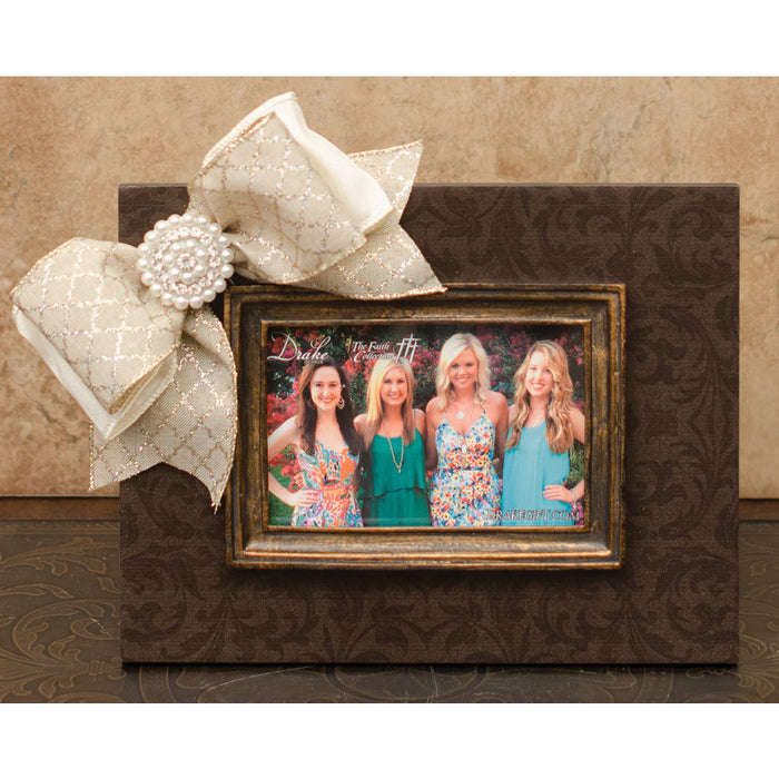 Frame Brown Damask with Moulding, Bow and Jewel
