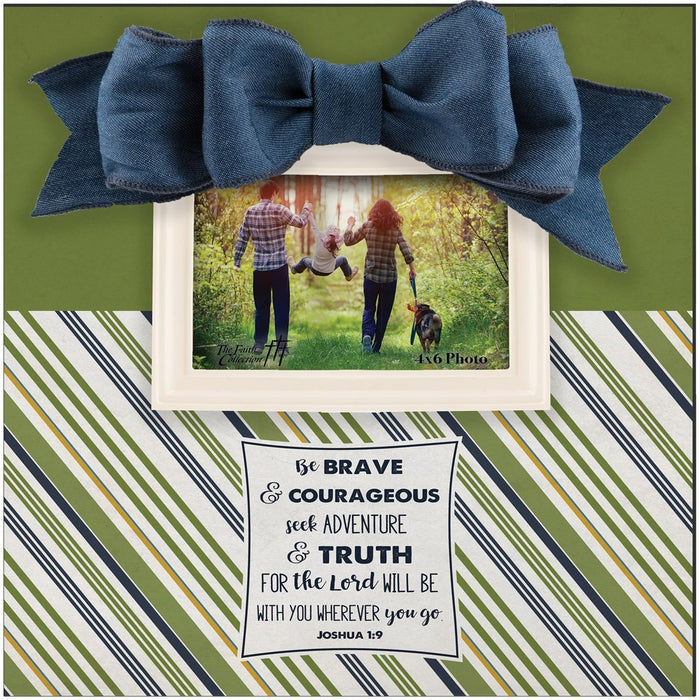 Large Frame Green and Blue with Bow