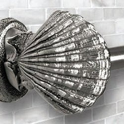 Classic Metal Shell Toilet Paper Holder