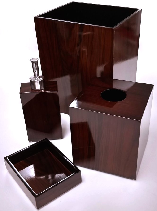 Yachtsman's Lacquered Wood Soap Pump & Dish
