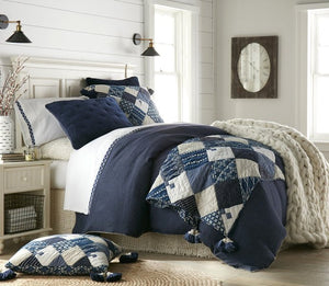 Winter Cottage Patchwork Bedding Collection