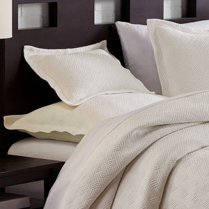 Riviera Bordered Italian Sateen Bedding - Nautical Luxuries