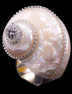 Swarovski Crystal Pearl Turbo Shell Napkin Ring Set