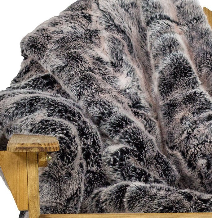 Yacht Furs Luxury Weatherproof Blanket/Silver Fox