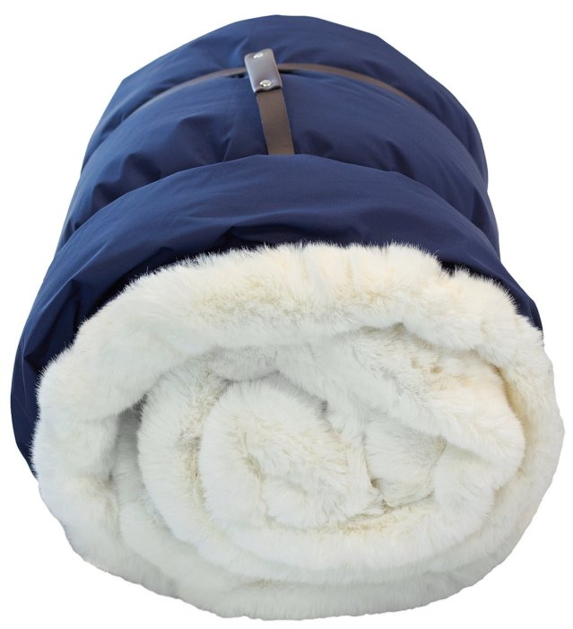 Yacht Furs Luxury Weatherproof Blanket/White Mink