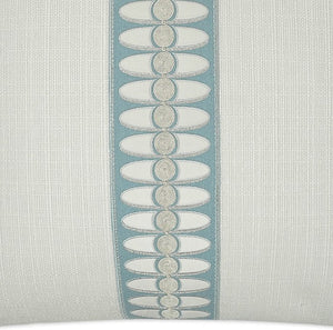 Summer Elegance Linen Pillow - Nautical Luxuries