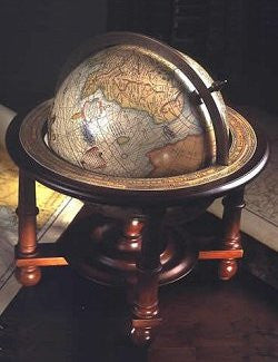 Navigator's Old World Tabletop Globe