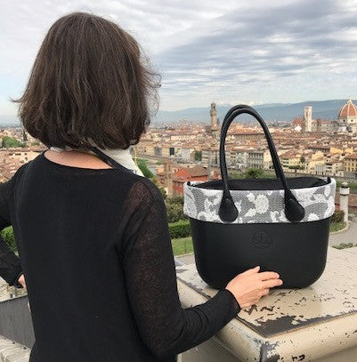 SLO Fashion Handbag / Tote Travels to Rome Italy !
