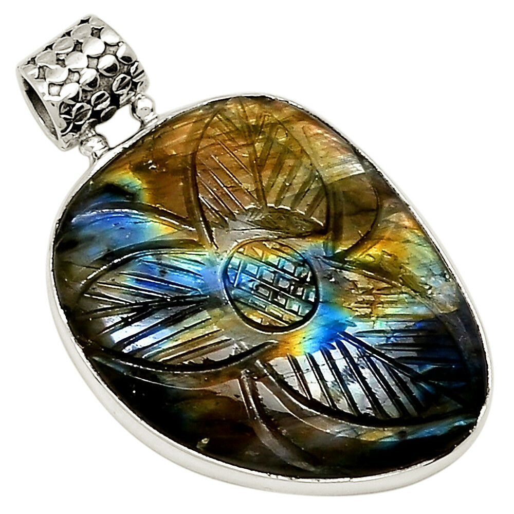 See & Feel the Unity - Labradorite Carved 925 Sterling Silver Pendant