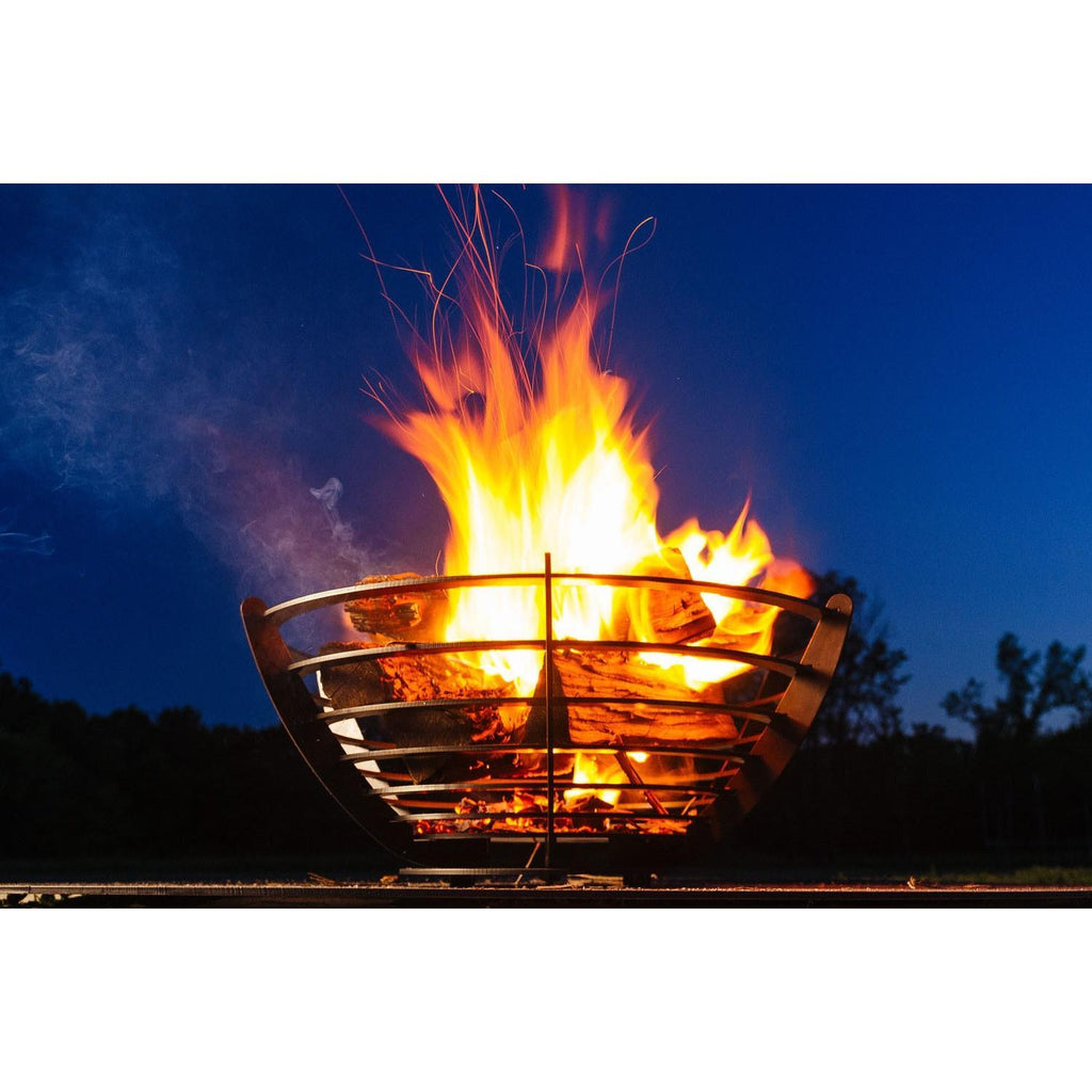 Pyro Latitude - Blaze Tower Fire Pit and Grill
