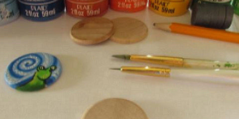 Canadian artist Miriam Handfield teaches how to paint a wooden magnet to look like a snail