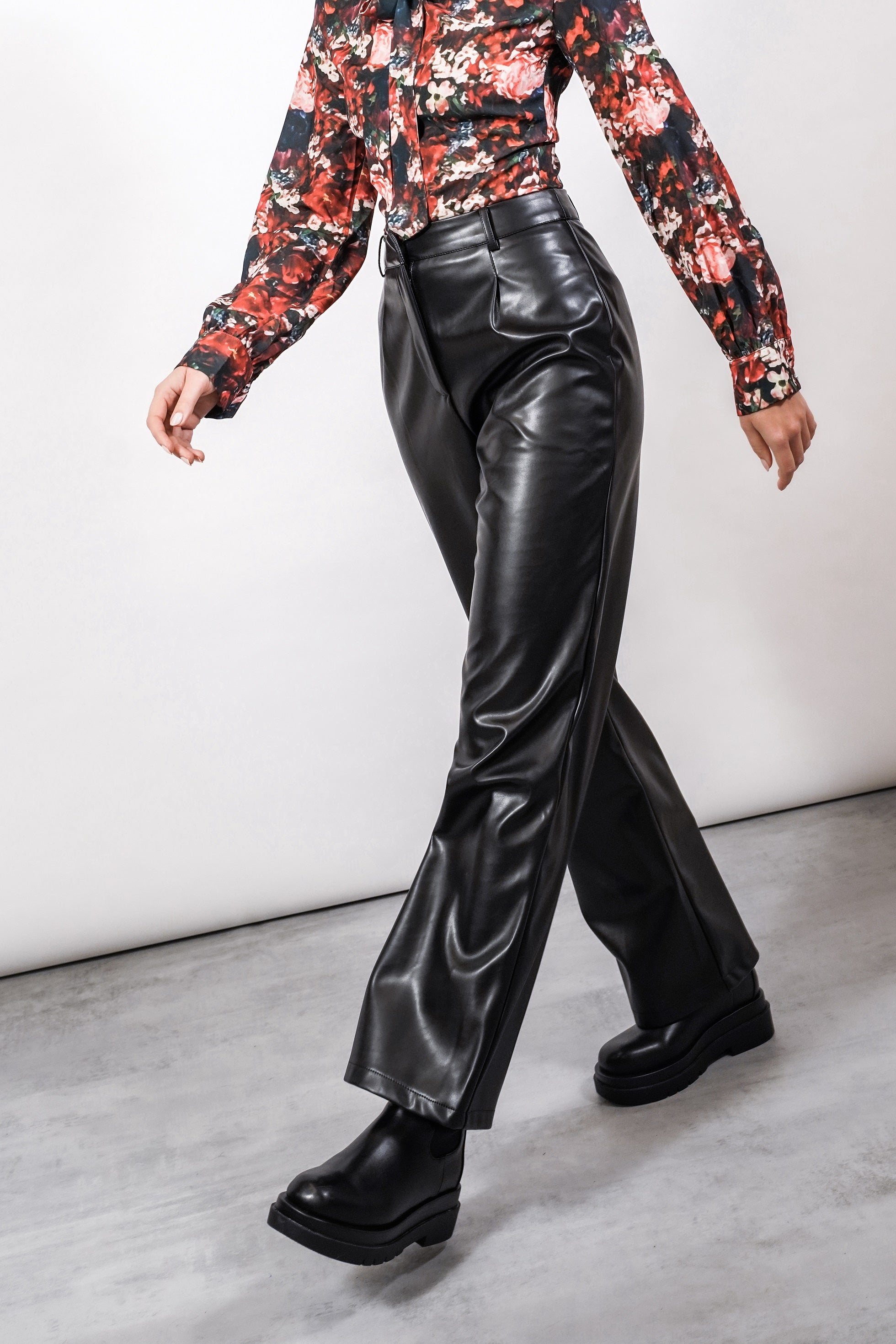 THE SERENA FAUX LEATHER TROUSERS