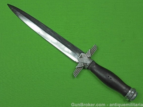 Rare German WW2 RLB Officer's Fighting Knife ()
