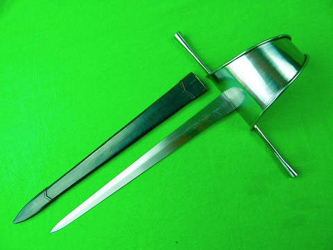 Windlass Made Replica of Antique Musketeers Left Hand Dagger Sword & Scabbard