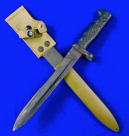Vintage Spanish Spain Bayonet Fighting Knife w/ Scabbard