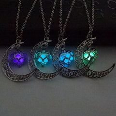 Jewelry - Moon Glowing Necklace Charm