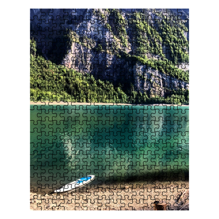 Puzzle - Kayak on the Shore