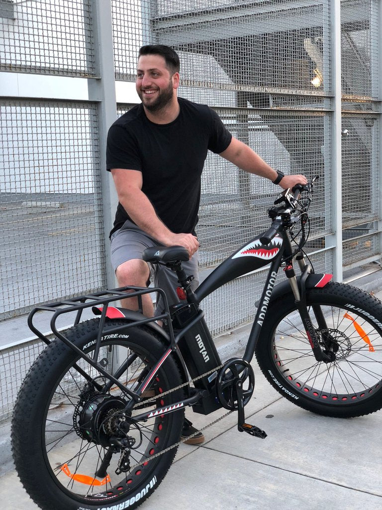 addmotor motan m-5500 fat tire bike with guy outside