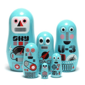 OMM DESIGN POCKET ROBOT NESTING DOLLS