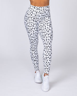 Muscle Nation | Ankle Length Scrunch Leggings - Snow Leopard | MVMNT LMTD
