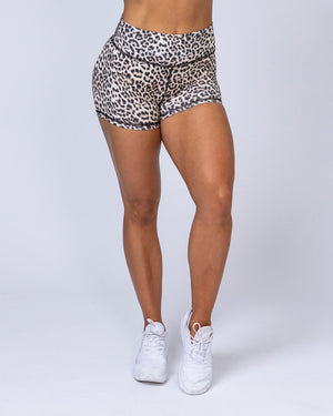 Muscle Nation | High Waist Scrunch Shorts - Yellow Leopard | MVMNT LMTD