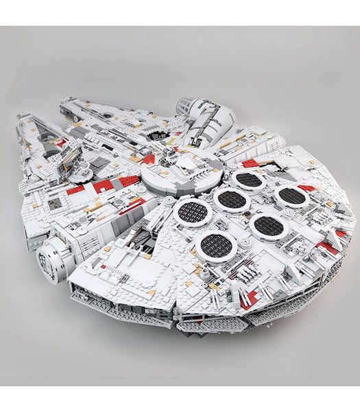 Star Wars MOC Millennium Falcon 611088 Ultimate Collector's