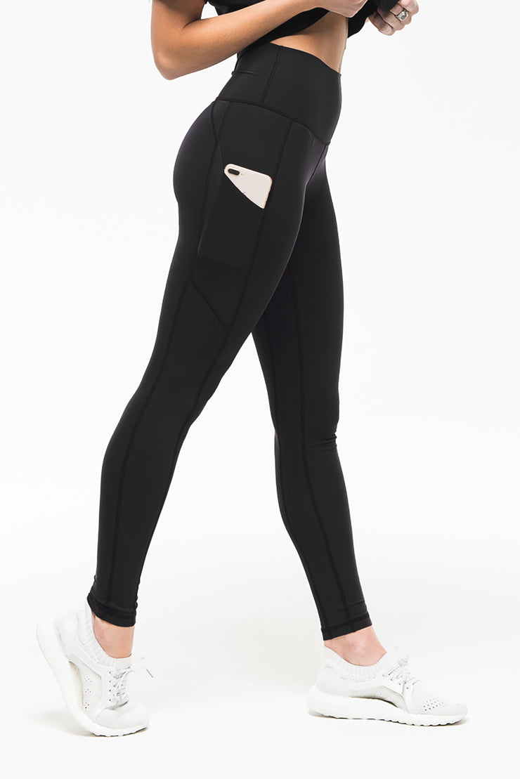 black pocket women's athleisure legging