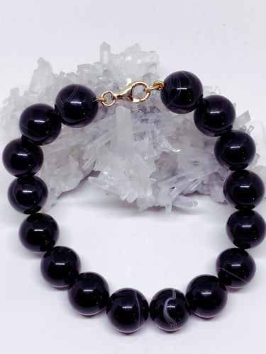 Tibetan Banded Agate Bracelet with 9ct Gold Clasp