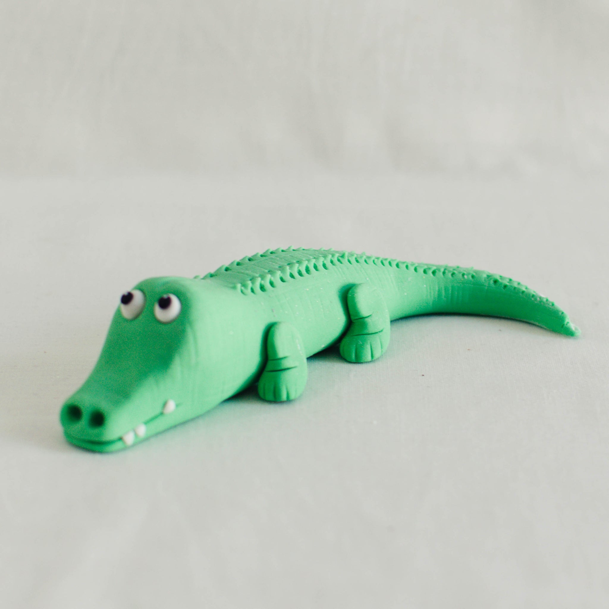 Alligator Fondant Topper - Custom Bakes by Edith Patisserie