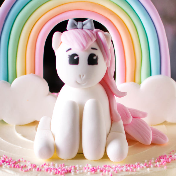 Pony Fondant Topper - Custom Bakes by Edith Patisserie