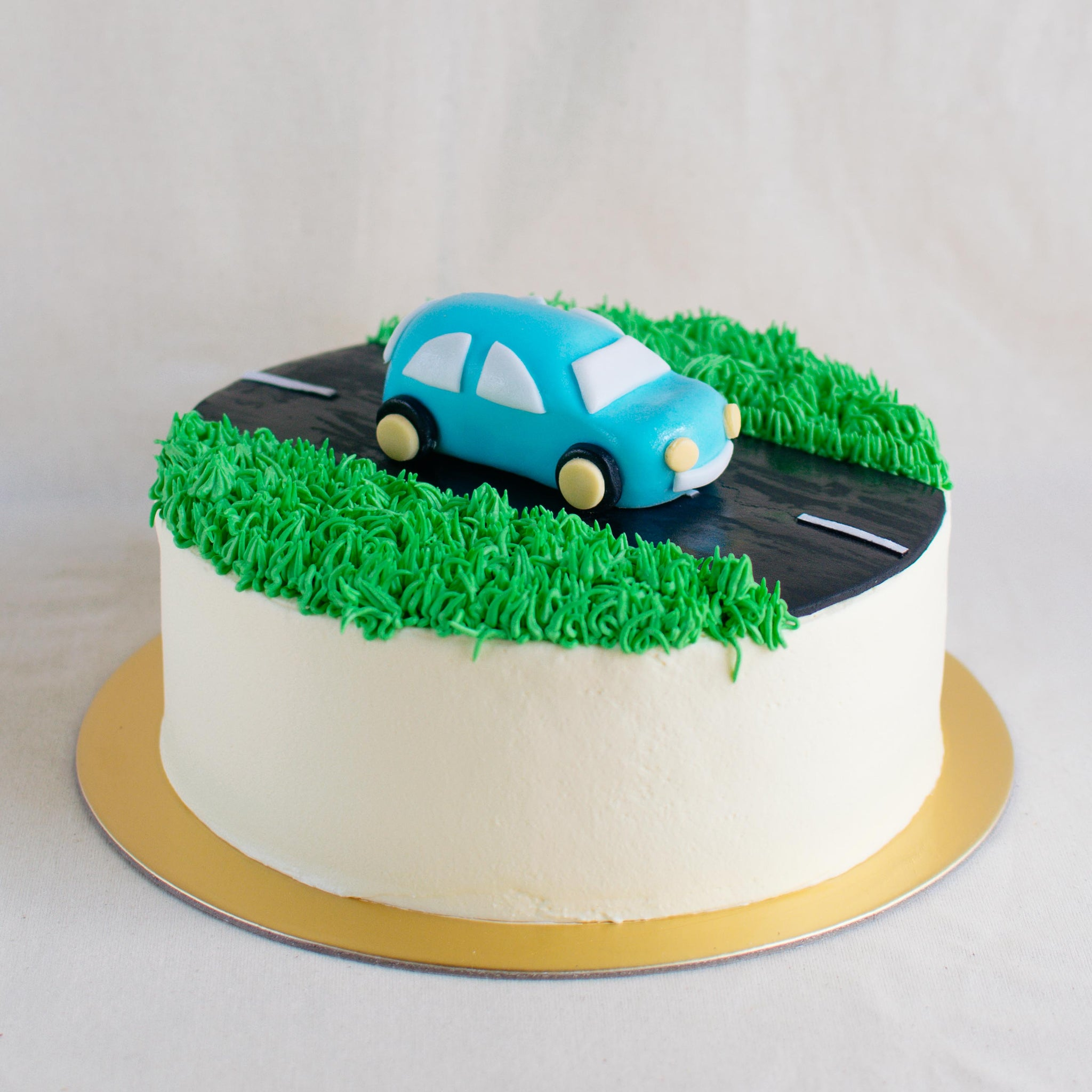 Car Fondant Topper - Custom Bakes by Edith Patisserie