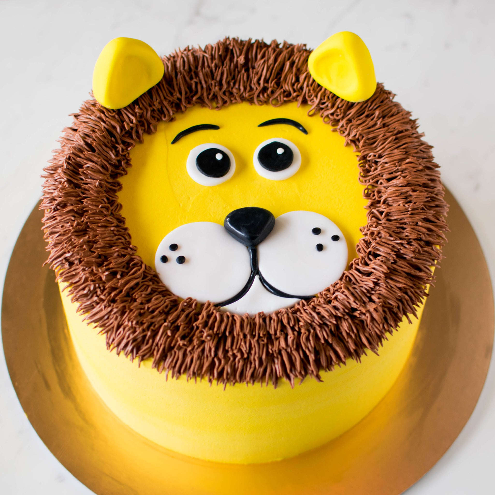 Piped Lion Cake - Custom Bakes by Edith Patisserie