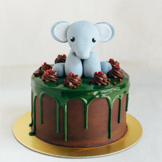 Sitting Elephant Topper - Custom Bakes by Edith Patisserie