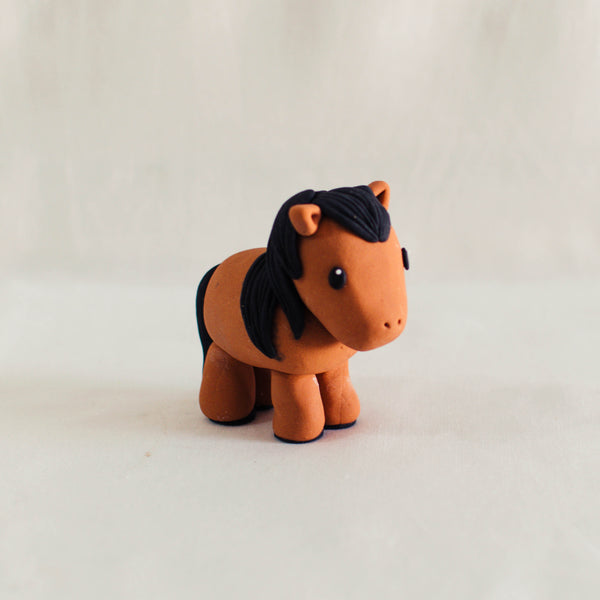 Horse Fondant Topper - Custom Bakes by Edith Patisserie
