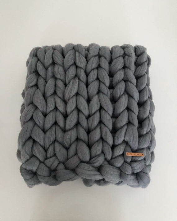Special design chunky blanket by FILLOWS