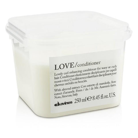 Davines Love Lovely Curl Enchancing Conditioner (For Wavy or Curly Hair) 250ml/8.45oz-Haircare-Cherry Birch