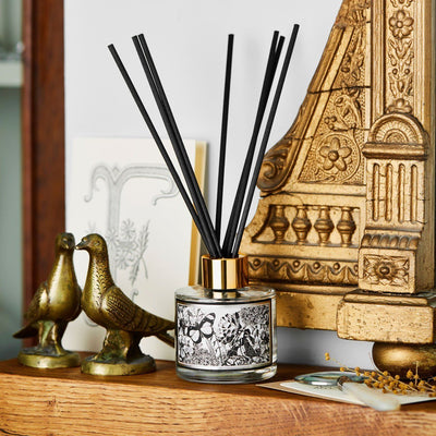 The Country Garden Reed Diffuser - Chase and Wonder - Proudly Made in Britain
