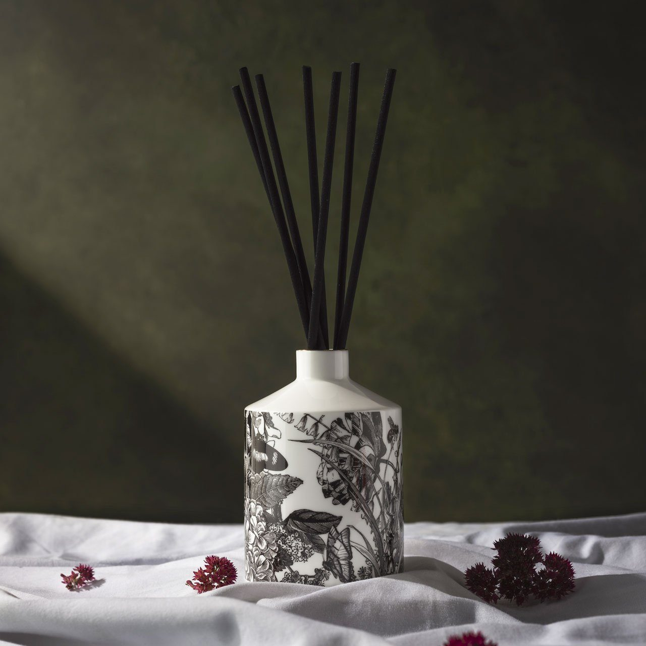 The Country Garden Ceramic Diffuser